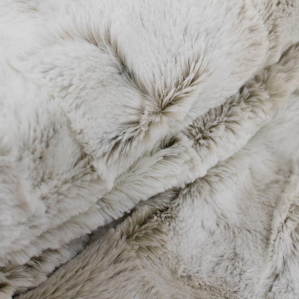 Imitatiebont Plaid Wolf.Plaid Imitatiebont Lynx Winter 220x240cm